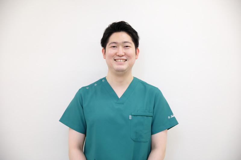 歯科口腔外科担当(歯学博士)高橋靖治 (やすはる)